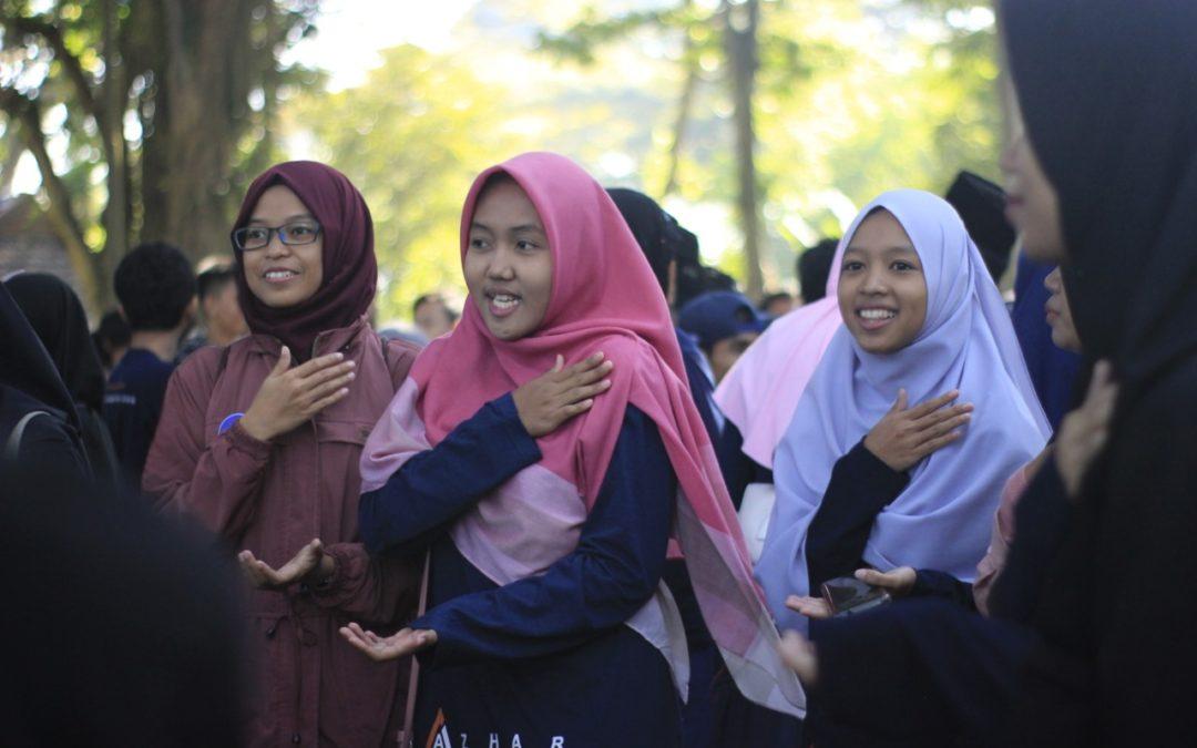 Belajar Bersama Kelas Online Al Azhar, Menuntut Ilmu Tak Perlu Keluar Rumah